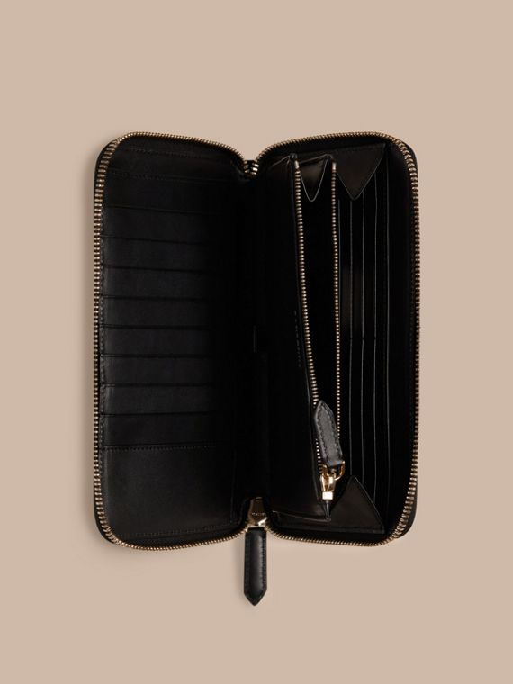 London Check Ziparound Wallet in Chocolate/black - Men | Burberry Singapore - cell image 3
