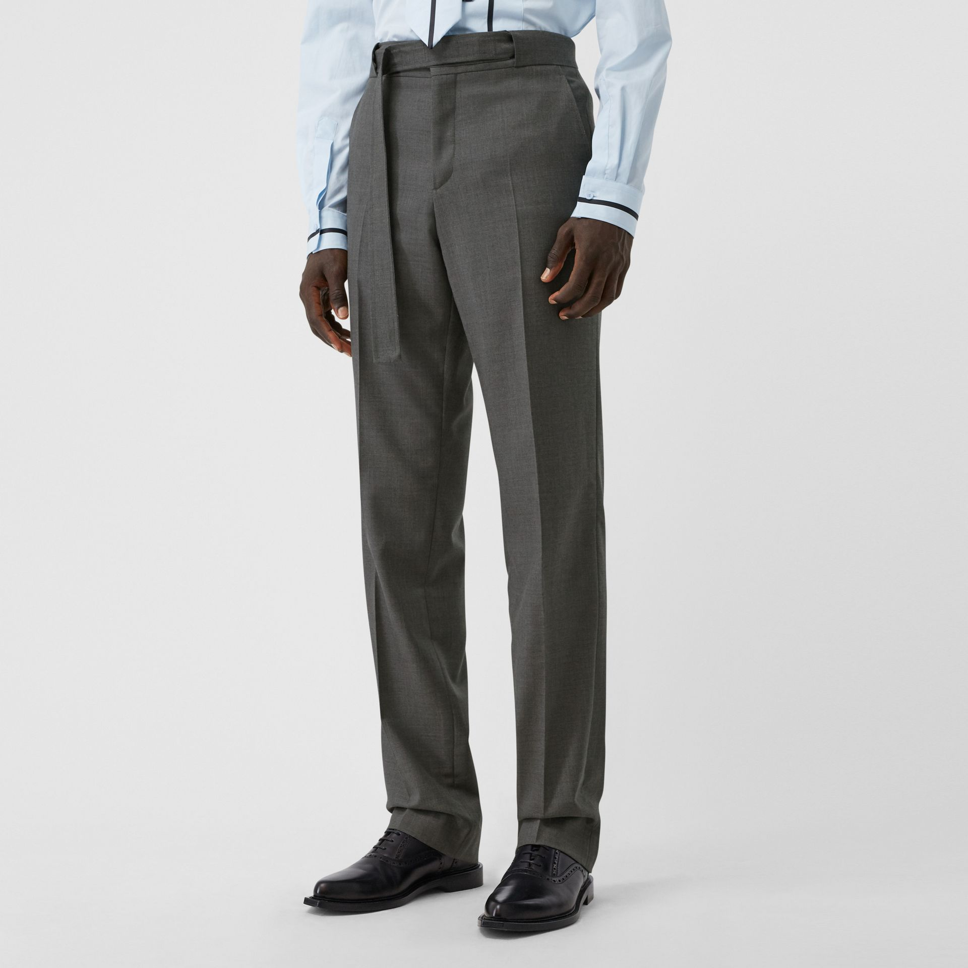 English Fit Belt Detail Wool Tailored Trousers in Charcoal Grey | Burberry Canada - gallery image 4