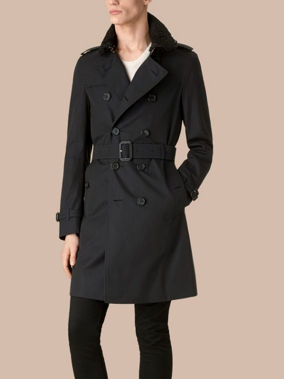 The Chelsea – Gabardine Trench Coat with Lace Collar Navy