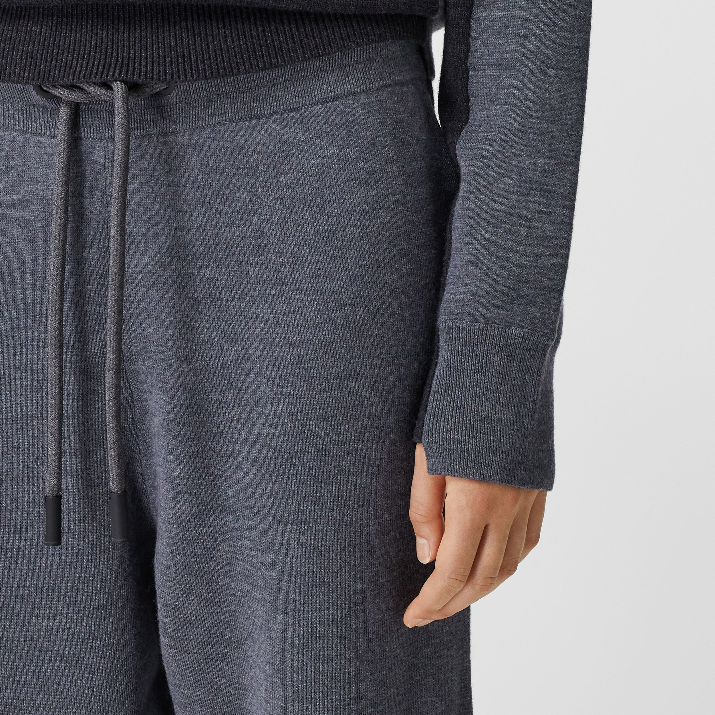 Two-tone Merino Wool Drawcord Jogging Pants in Charcoal Melange - Women | Burberry - 2