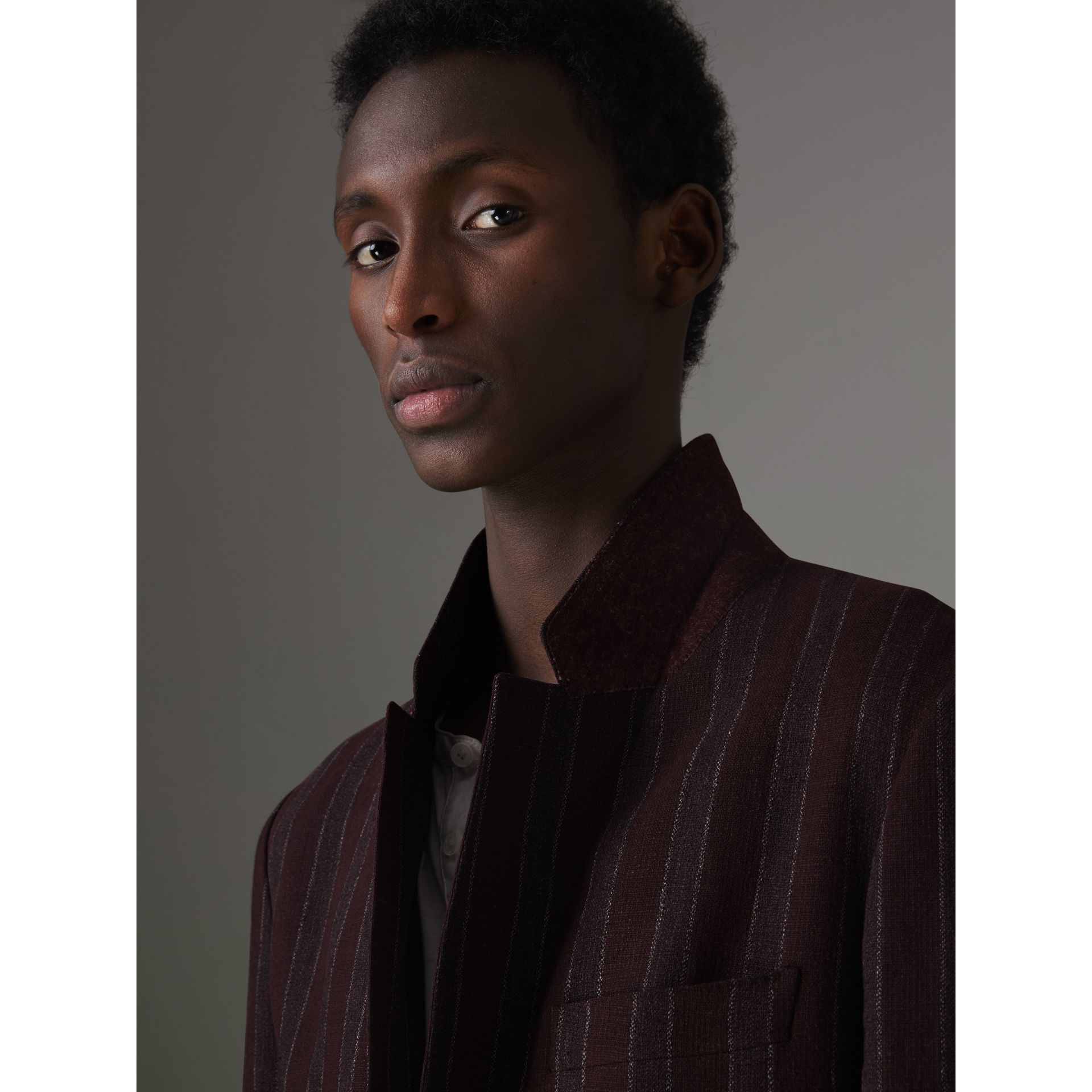 Soho Fit Striped Linen Tailored Jacket in Burgundy - Men | Burberry Canada - gallery image 1