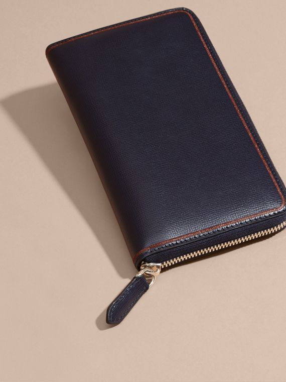 Border Detail London Leather Ziparound Wallet Dark Navy - cell image 2