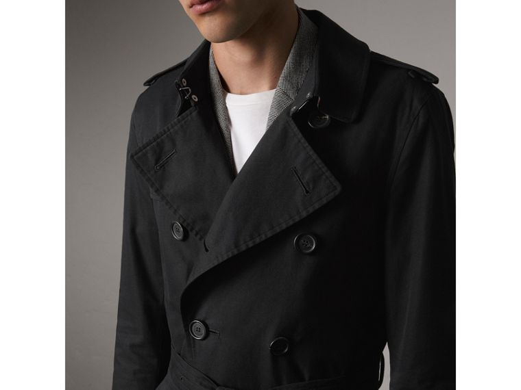 The Sandringham – Long Trench Coat in Black - Men | Burberry Australia - cell image 4