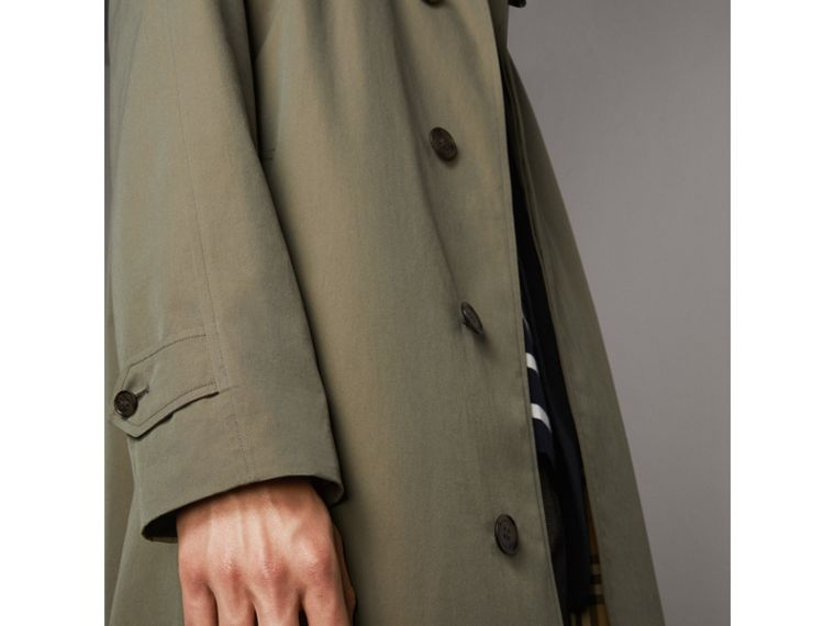 The Brighton – Longline Car Coat in Chalk Green - Men | Burberry - cell image 4