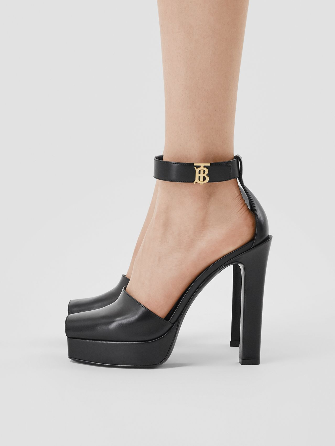 Monogram Motif Leather Peep-toe Sandals in Black