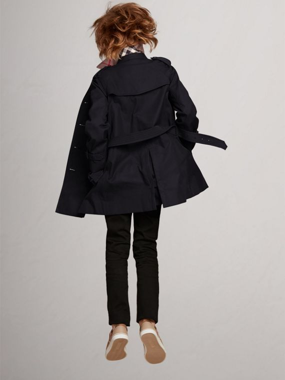 The Wiltshire Trench Coat in Navy - Boy | Burberry Canada - cell image 3