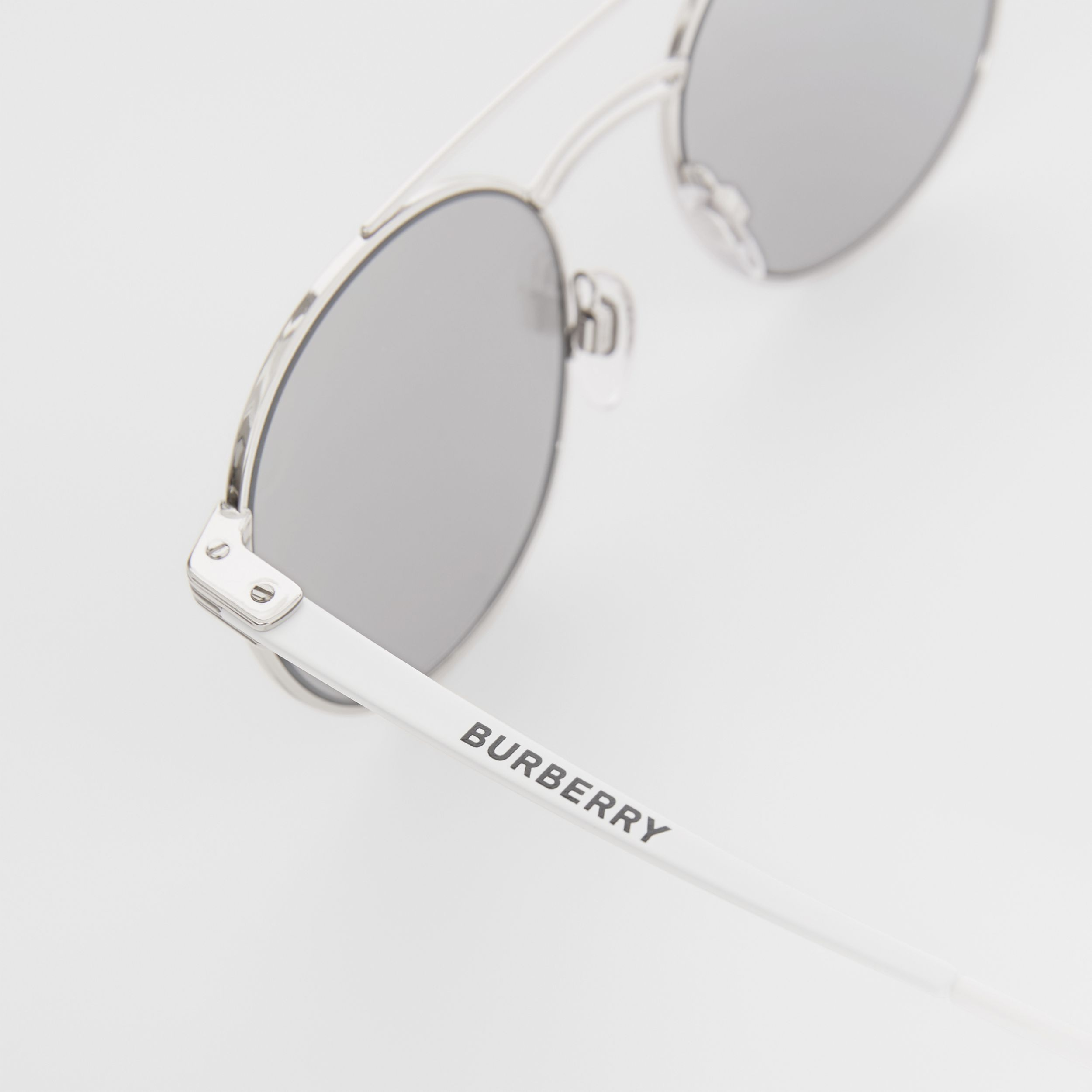 Top Bar Detail Round Frame Sunglasses in Silver - Men | Burberry - 2