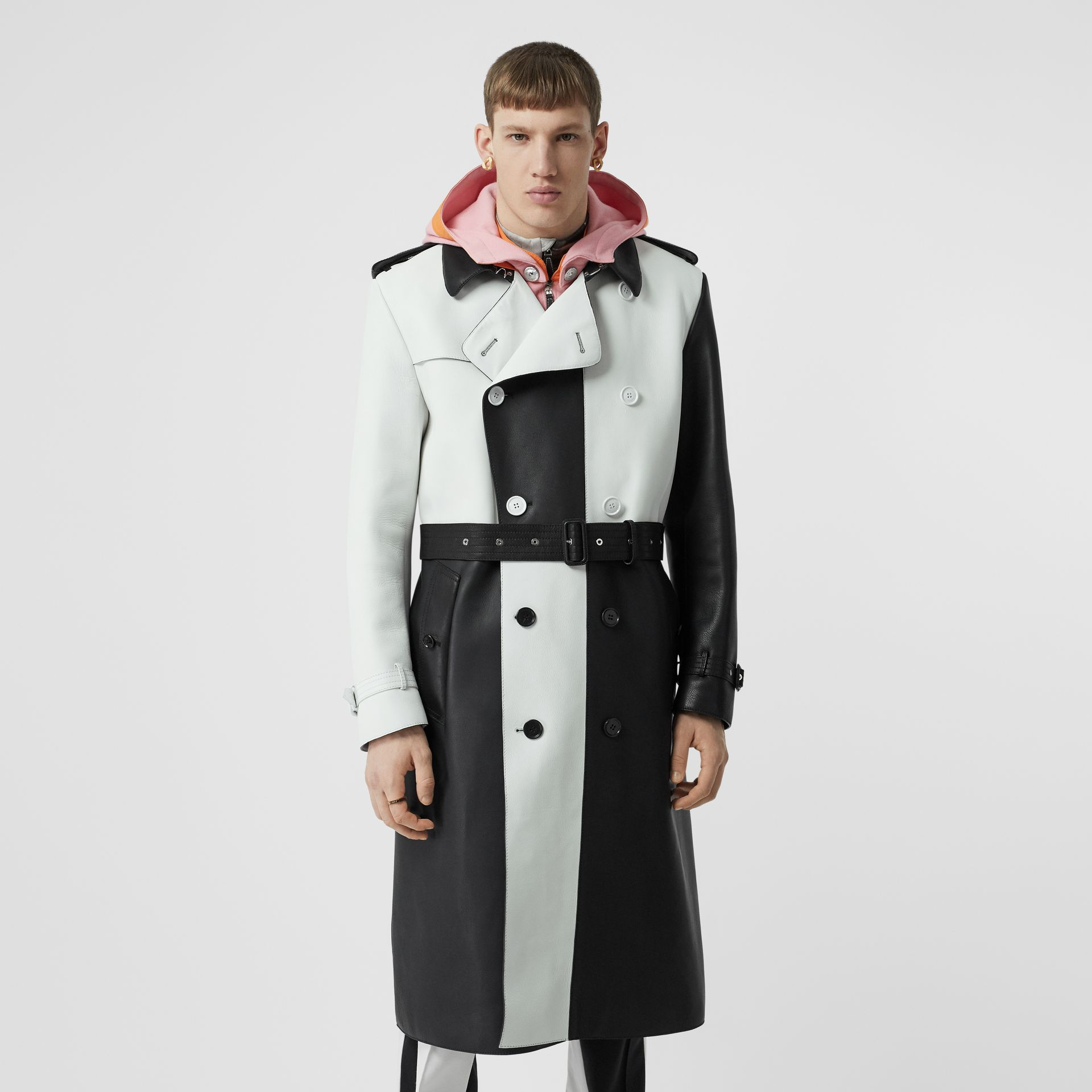 Panelled Plonge Leather Trench Coat in Black - Men | Burberry - gallery image 4