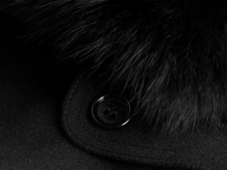 Negro Trench coat en lana y cachemir con cuello en piel de zorro Negro - cell image 1