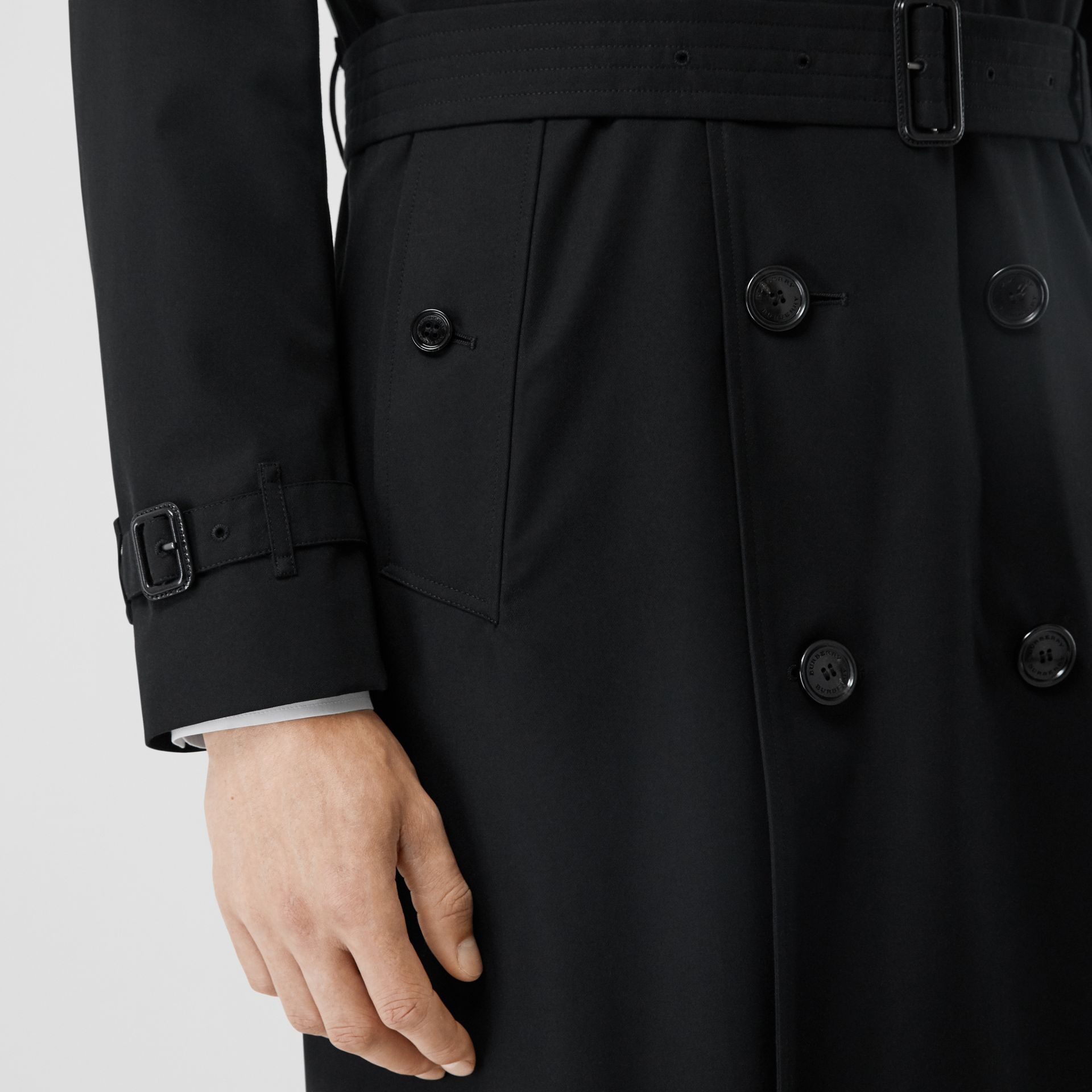 The Long Kensington Heritage Trench Coat in Black - Men | Burberry Hong Kong S.A.R - gallery image 4