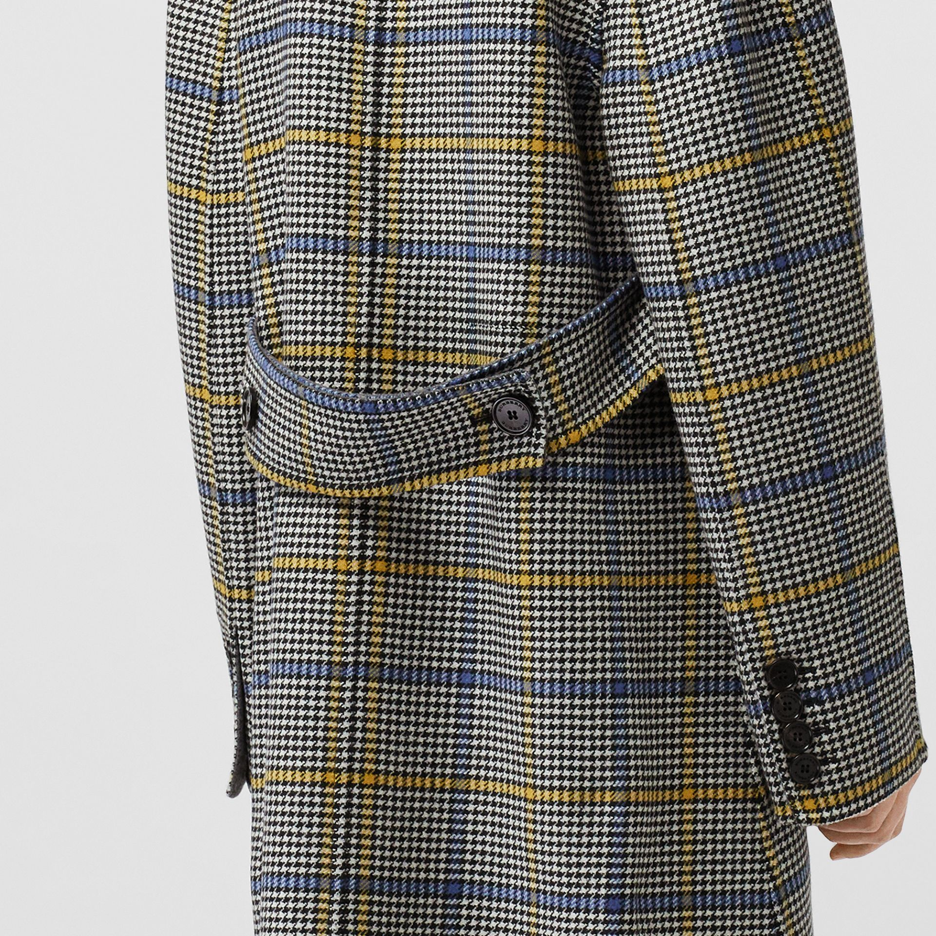 Double-faced Check Wool Cashmere Coat in Parchment - Women | Burberry Australia - gallery image 4