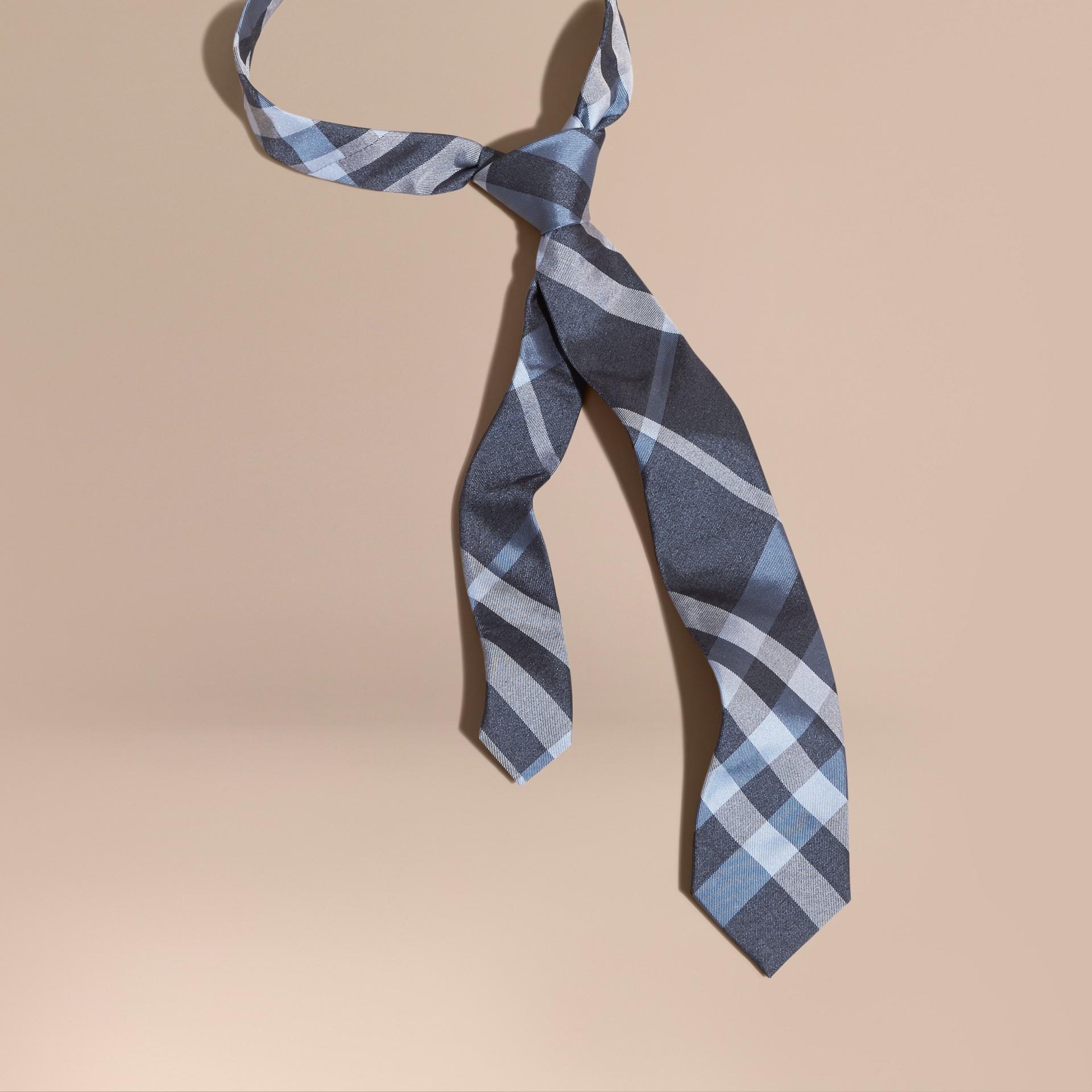 Indigo Cravate moderne en jacquard de soie à motif check Indigo - photo de la galerie 1