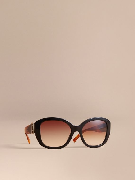 Buckle Detail Oversize Square Frame Sunglasses in Black