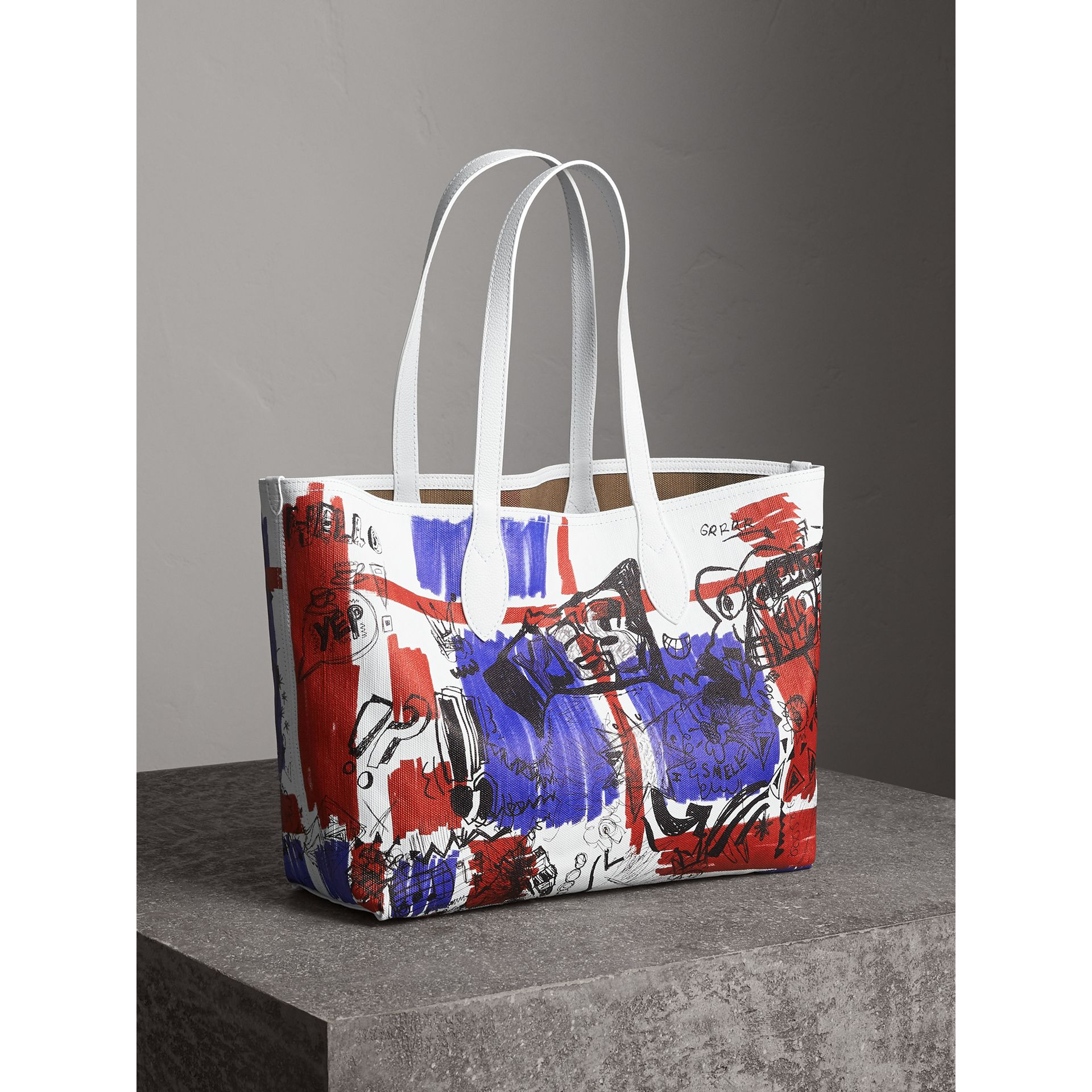 The Medium Reversible Doodle Tote in White | Burberry - gallery image 9