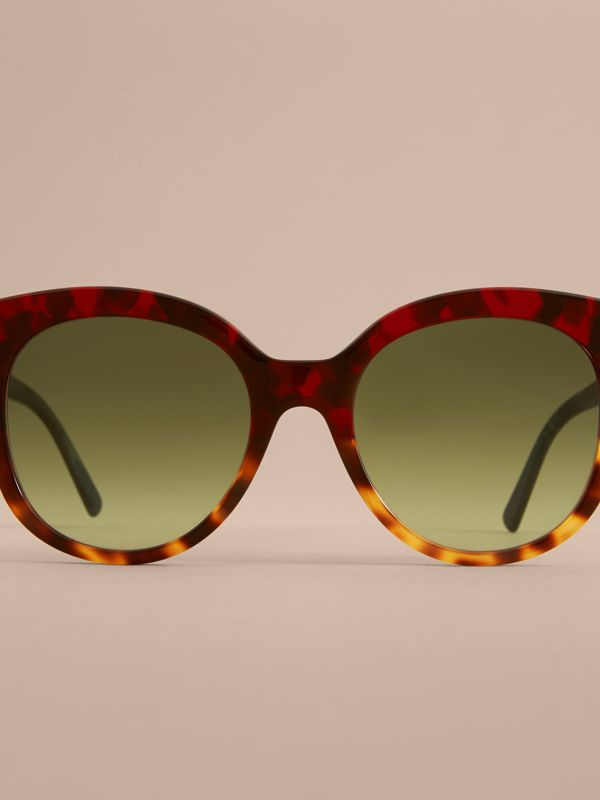 Buckle Detail Cat-eye Frame Sunglasses in Amber Yellow - Women | Burberry United Kingdom - cell image 2