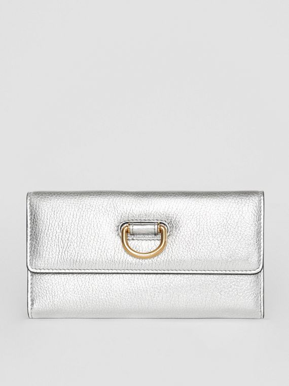 D-ring Metallic Leather Continental Wallet in Silver