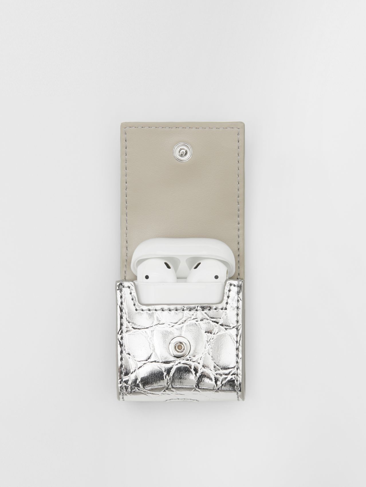 Metallic Embossed Earphone Case in Silver