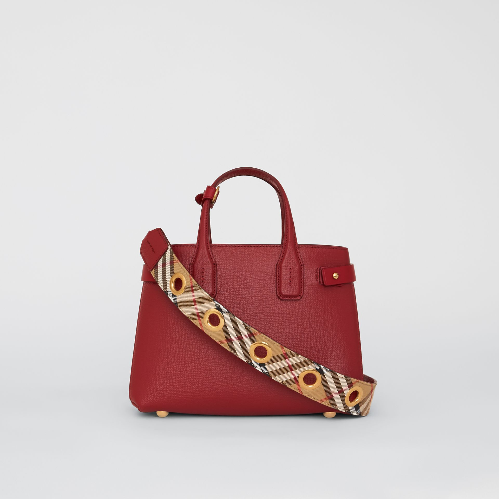 The Small Banner in Grainy Leather in Crimson - Women | Burberry United Kingdom - gallery image 5
