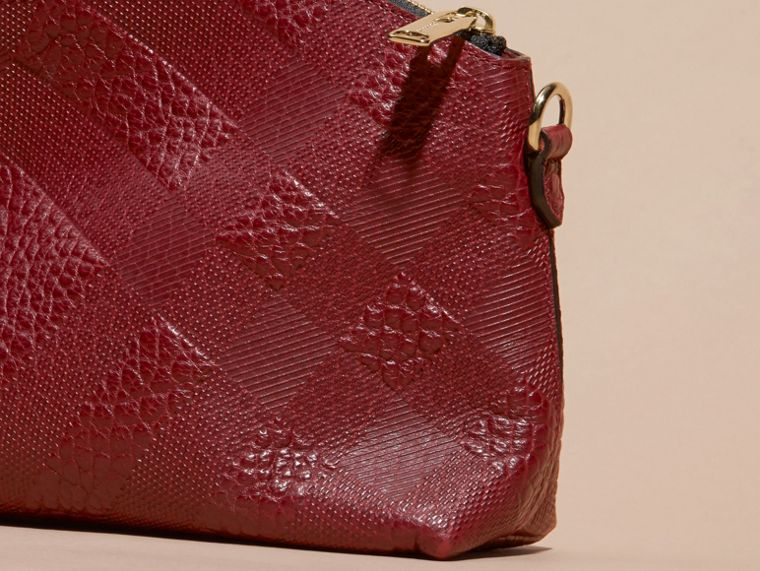 Deep red Small Embossed Check Leather Clutch Bag Deep Red - cell image 4