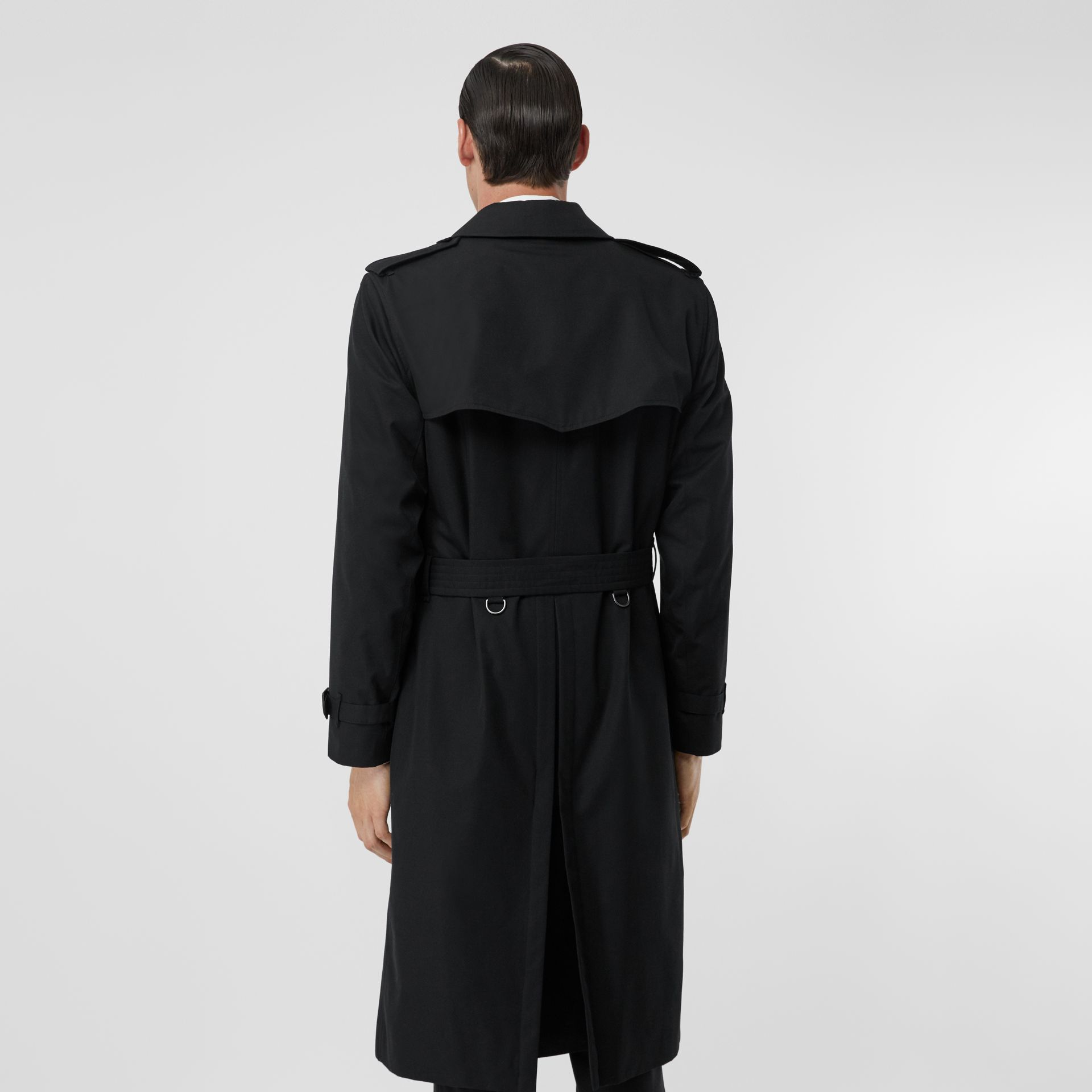 The Long Kensington Heritage Trench Coat in Black - Men | Burberry Australia - gallery image 2