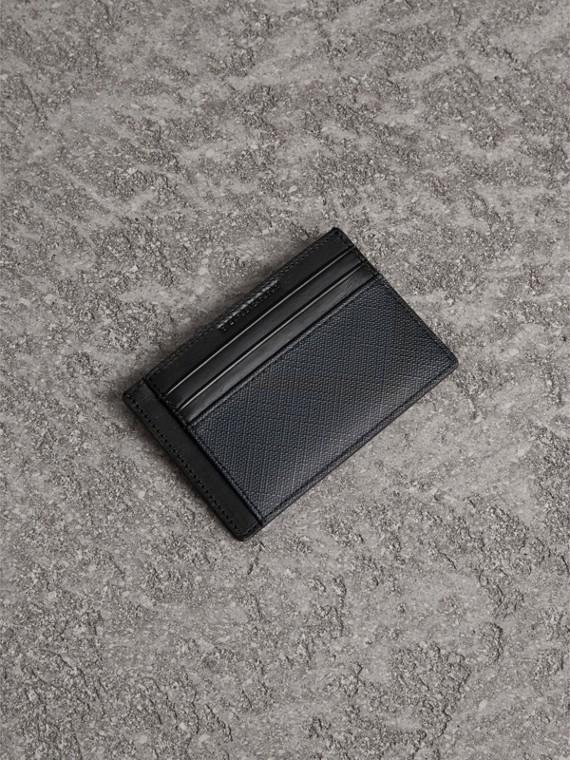 Porta-cartões com estampa Smoked check (Azul Marinho/preto)