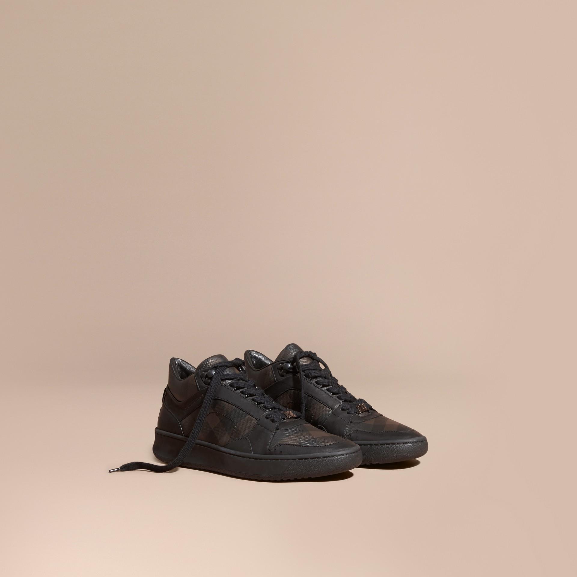 Check chocolat fumé Sneakers en cuir et tissu London check Chocolat Fumé - photo de la galerie 1