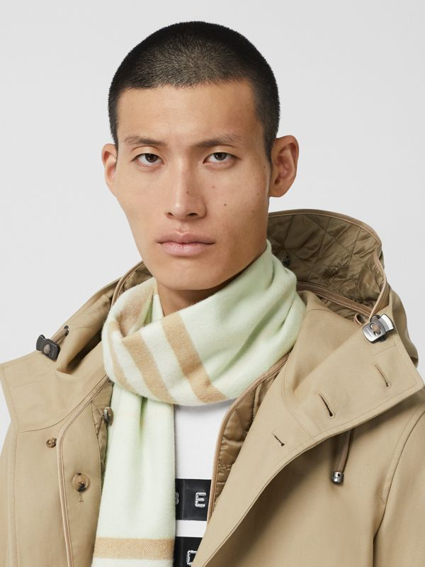 The Classic Check Cashmere Scarf in Pistachio | Burberry Singapore - cell image 3