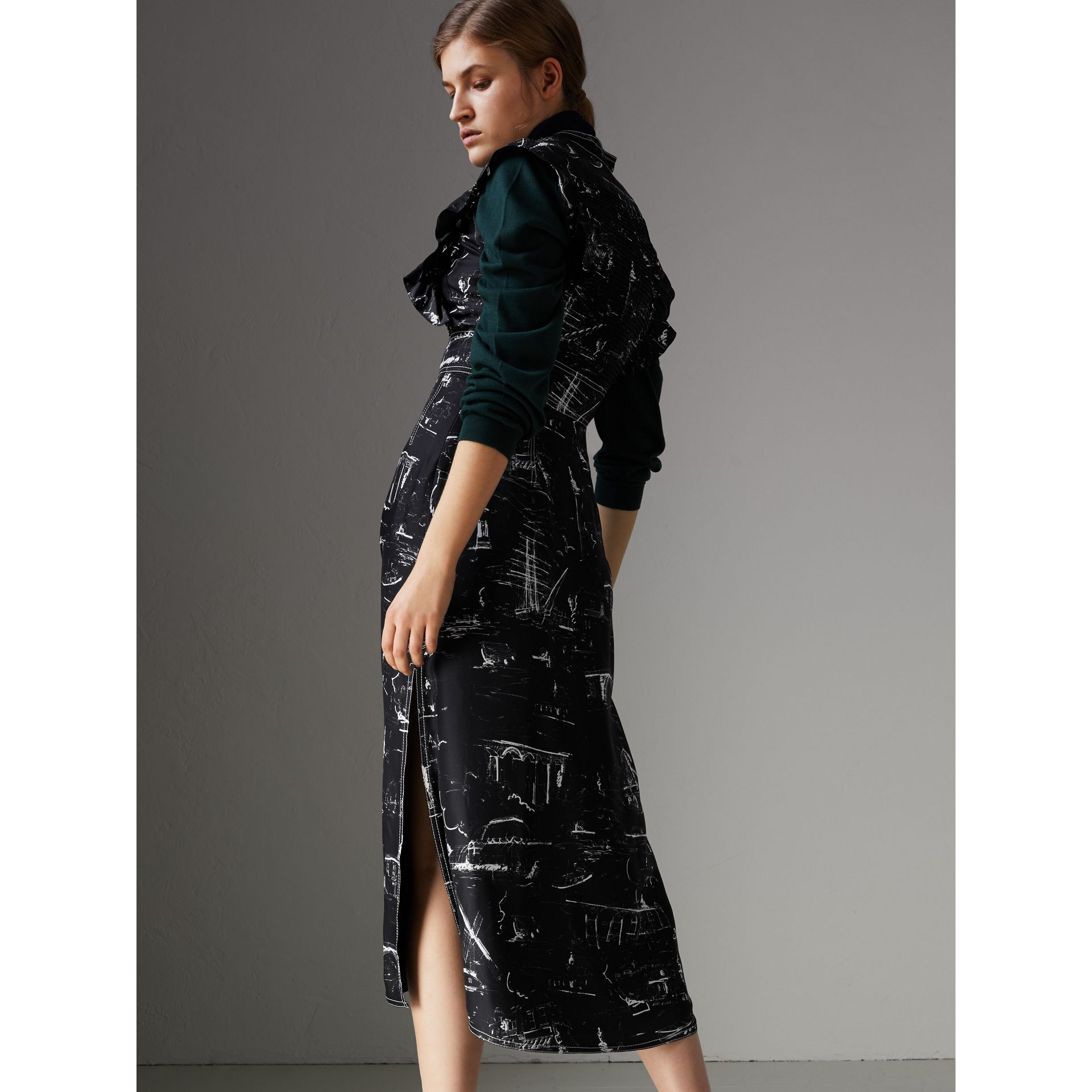 Ruffle Detail Landmark Print Silk Dress in Black - Women | Burberry - gallery image 2