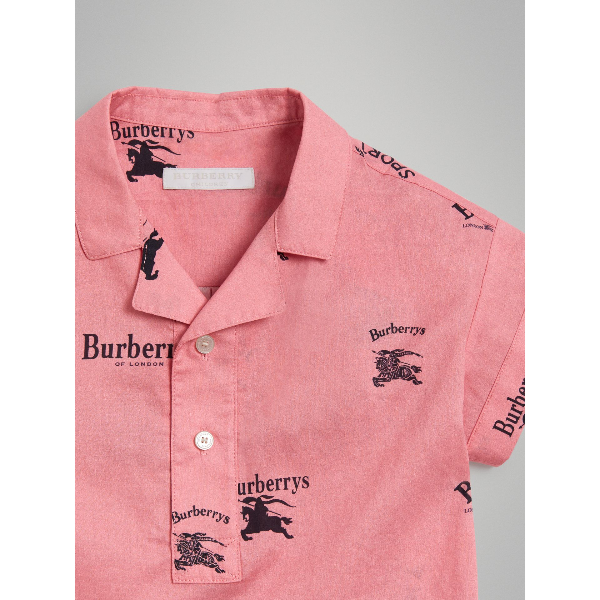 Short-sleeve Archive Logo Print Cotton Shirt in Rose Pink | Burberry - gallery image 5