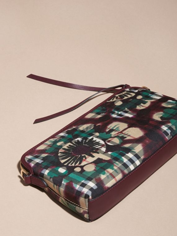 Deep claret Tie-dye Print Horseferry Check and Leather Clutch Bag Deep Claret - cell image 3