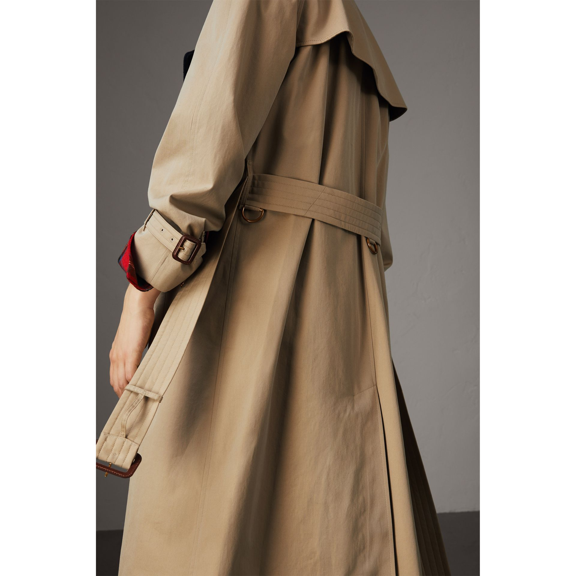 Tropical Gabardine Trench Coat with Detachable Facing in Honey - Women | Burberry - gallery image 2