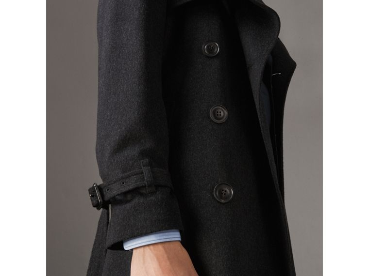 Trench coat in cashmere (Nero Fumo Mélange) - Uomo | Burberry - cell image 1