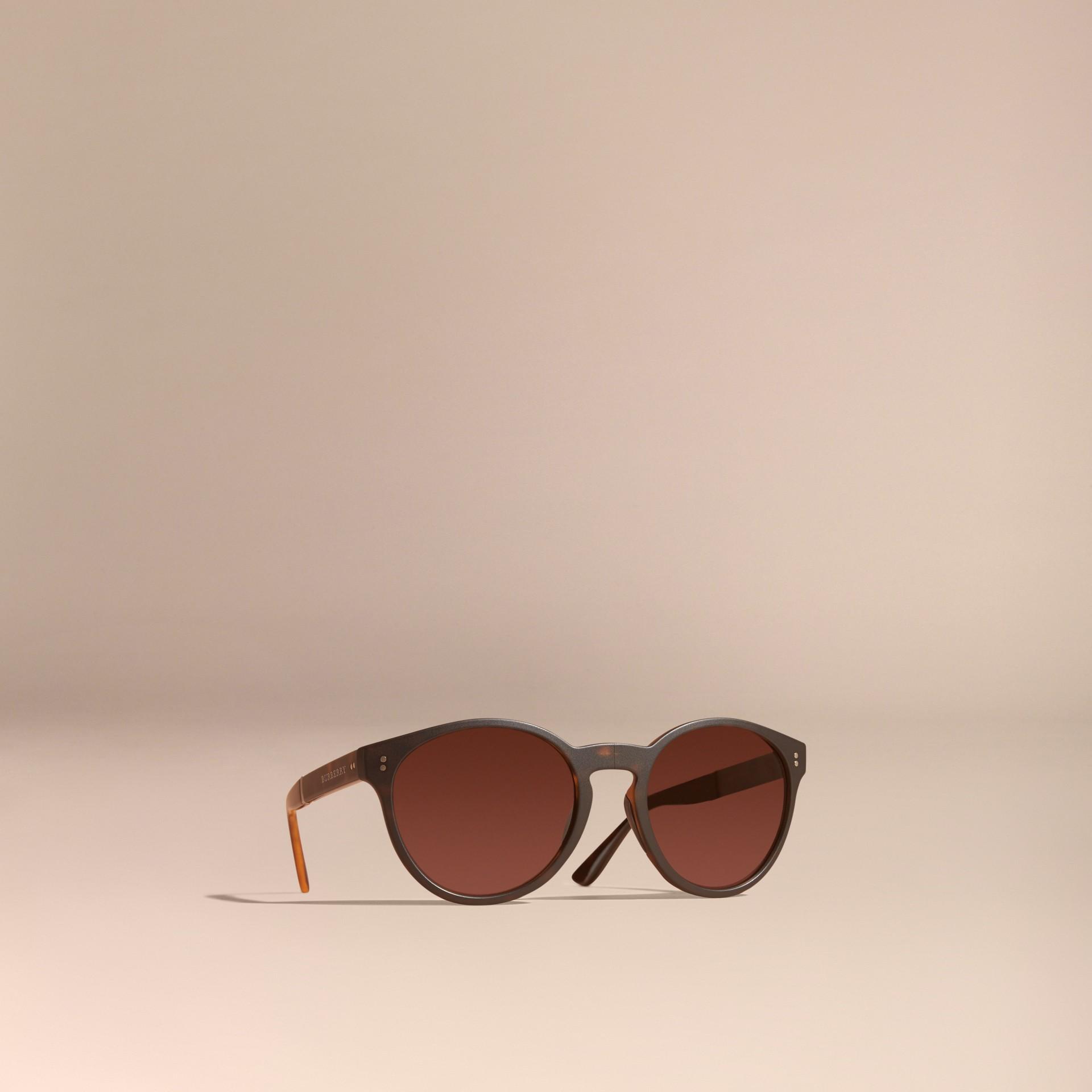 Tartarugato Occhiali da sole con montatura tonda pieghevole Tartarugato - immagine della galleria 1