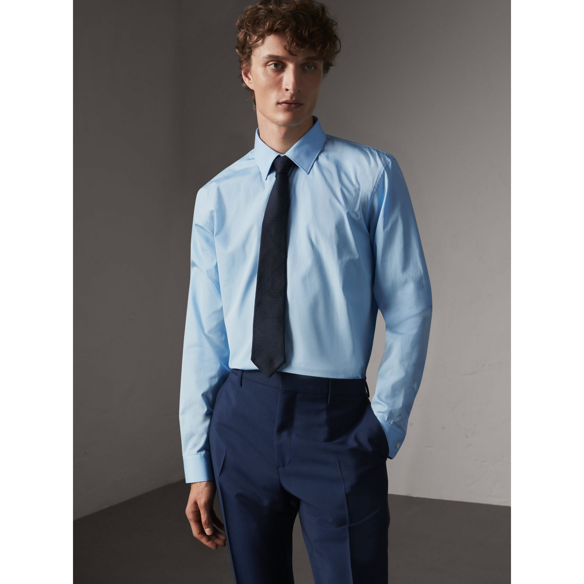 Modern Fit Cotton Poplin Shirt in City Blue - Men | Burberry Hong Kong - gallery image 1