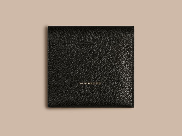 Grainy Leather Cufflink Case in Black - Men | Burberry - cell image 2