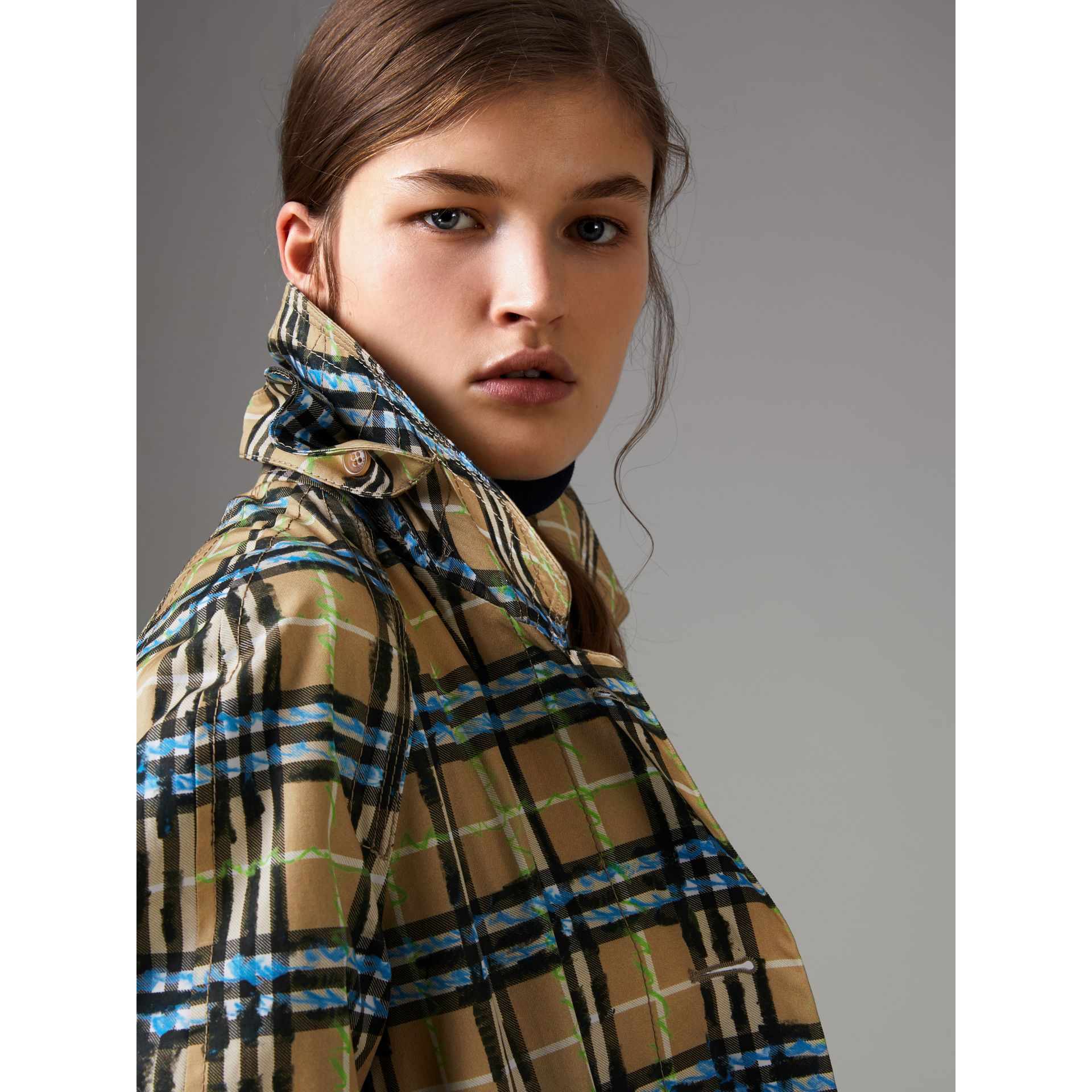 Scribble Check Cotton Gabardine Car Coat in Bright Blue - Women | Burberry Canada - gallery image 4