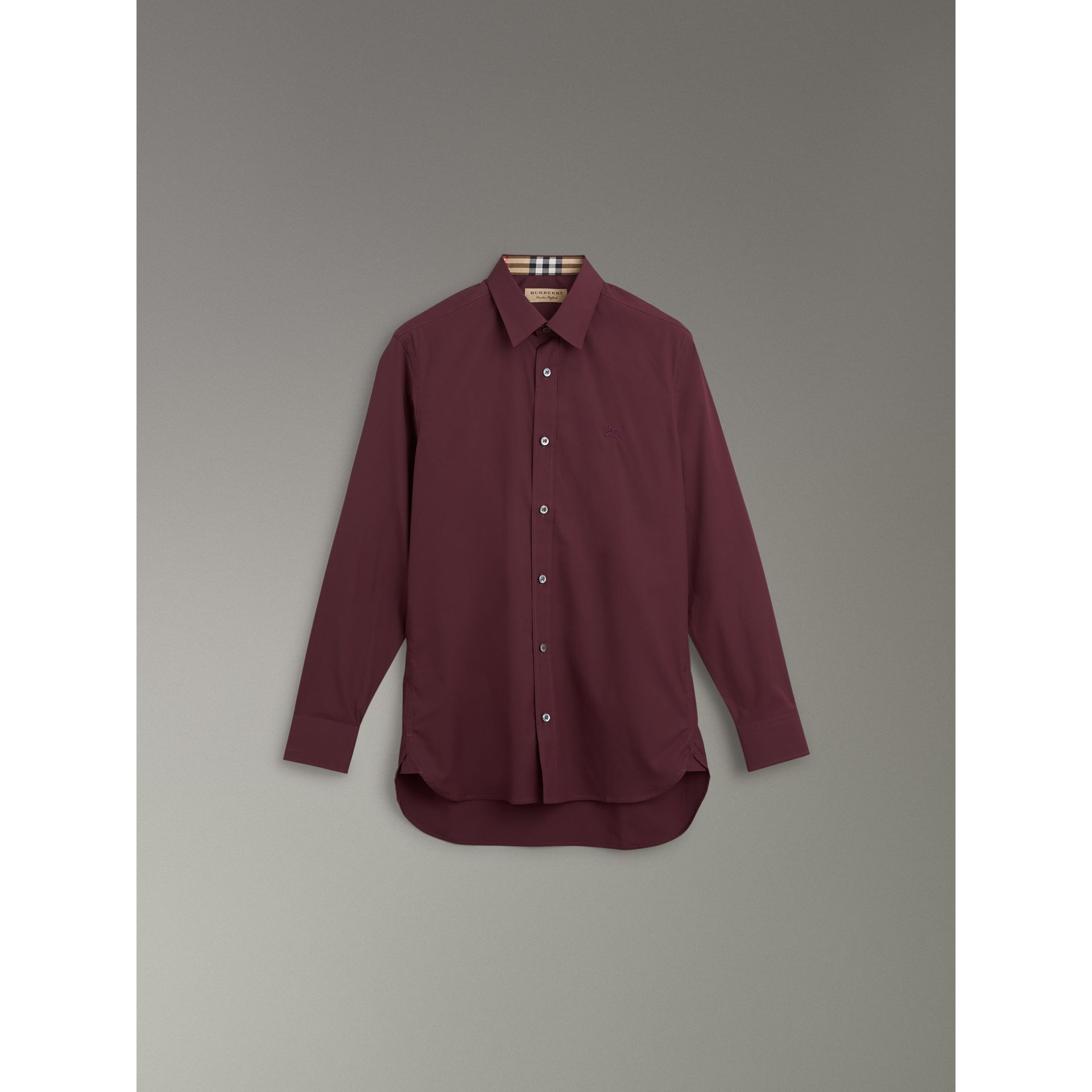 Check Cuff Stretch Cotton Poplin Shirt in Oxblood - Men | Burberry Hong Kong - gallery image 3