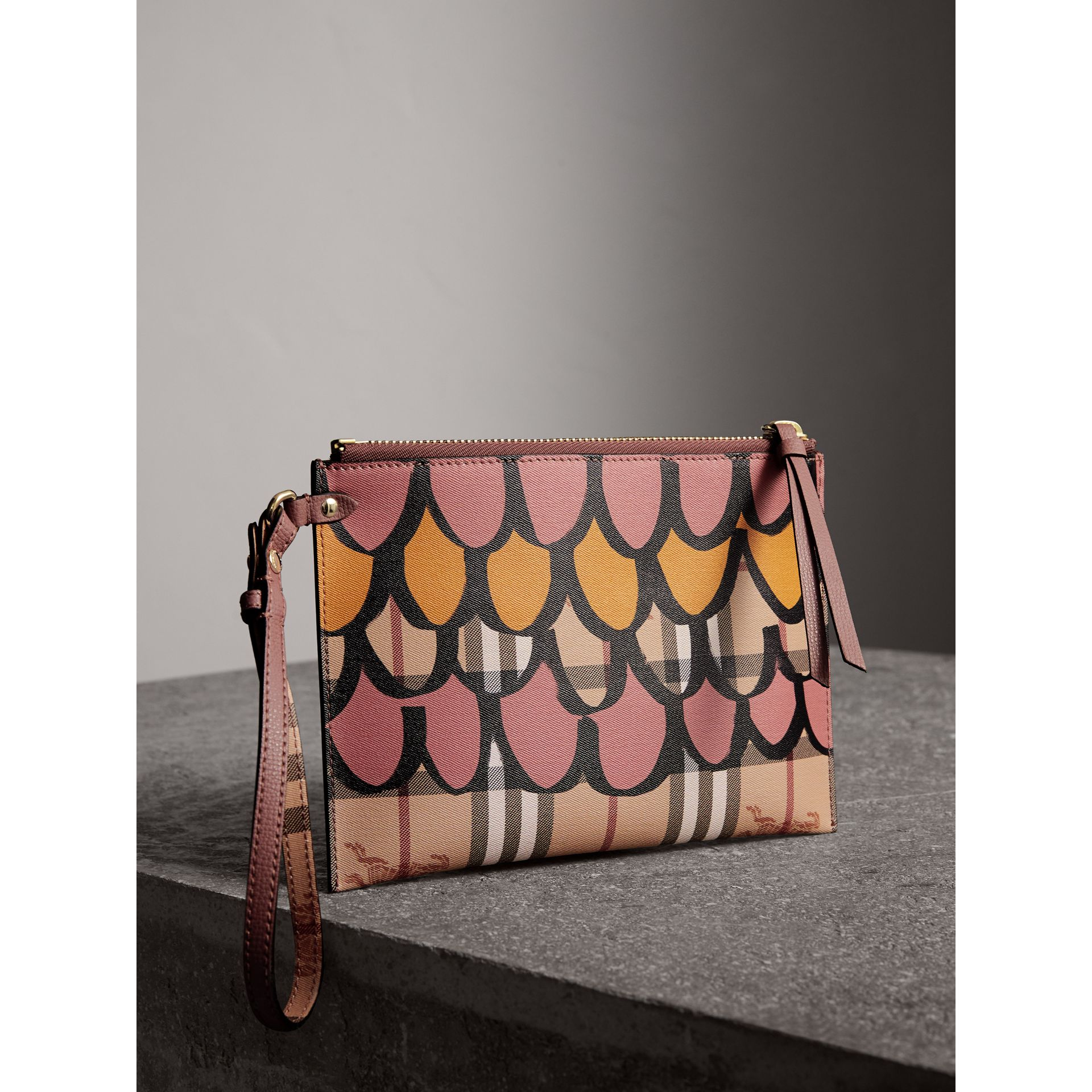 Trompe L'oeil Haymarket Check and Leather Pouch in Dusty Pink - Women | Burberry Australia - gallery image 4