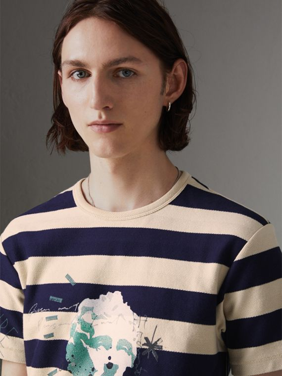 Bust Print Striped Cotton T-shirt in Off White/navy