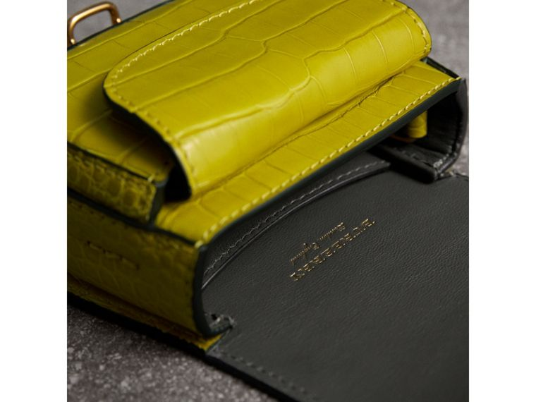 The Pocket Satchel in Alligator in Dark Lime | Burberry - cell image 4