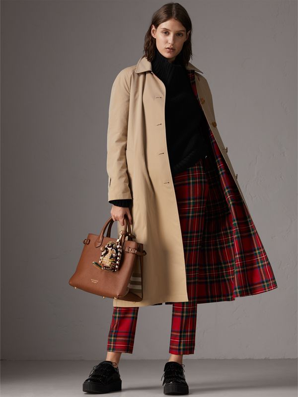 The Medium Banner in Leather and House Check in Tan - Women | Burberry - cell image 2