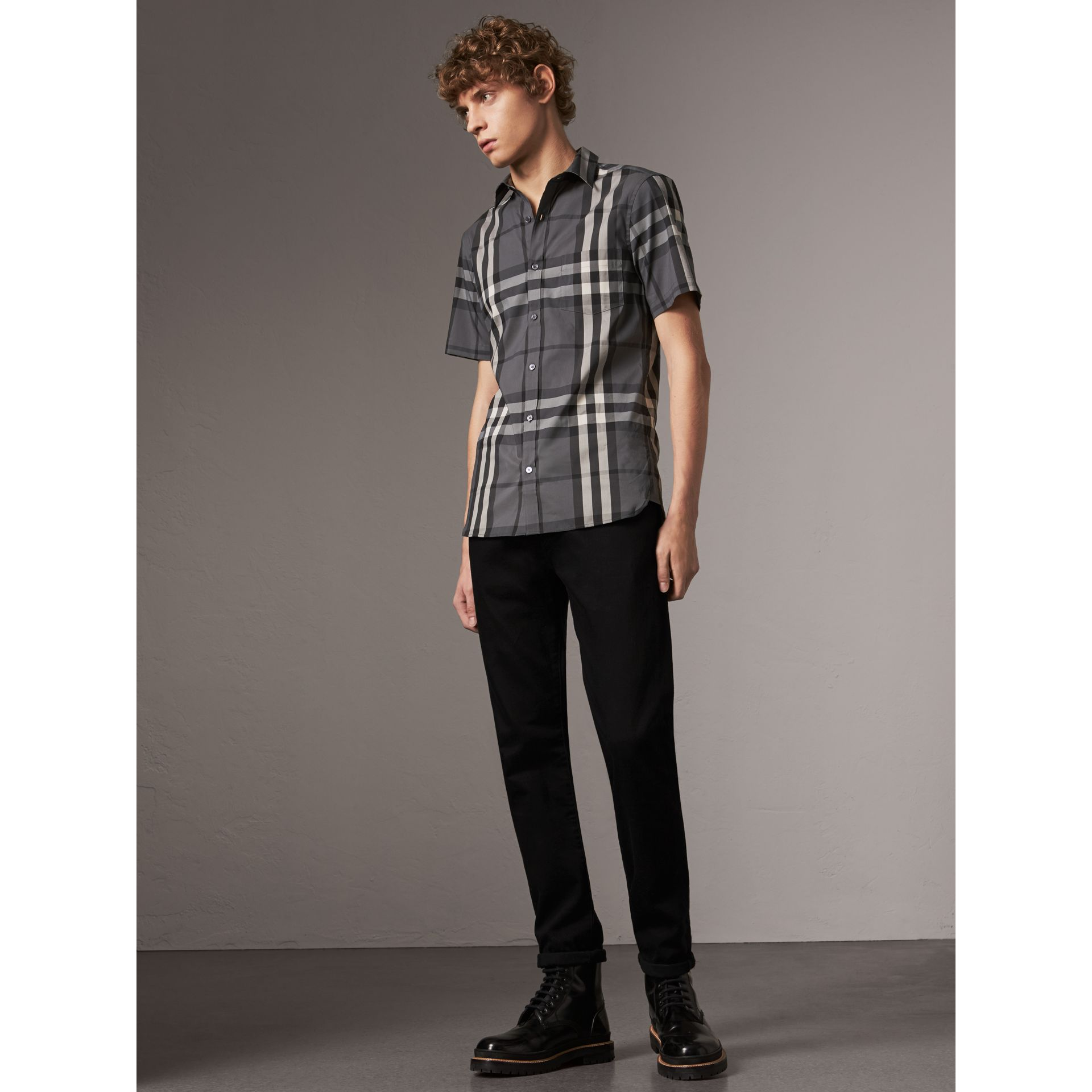Short-sleeved Check Stretch Cotton Shirt in Charcoal - Men | Burberry Australia - gallery image 4