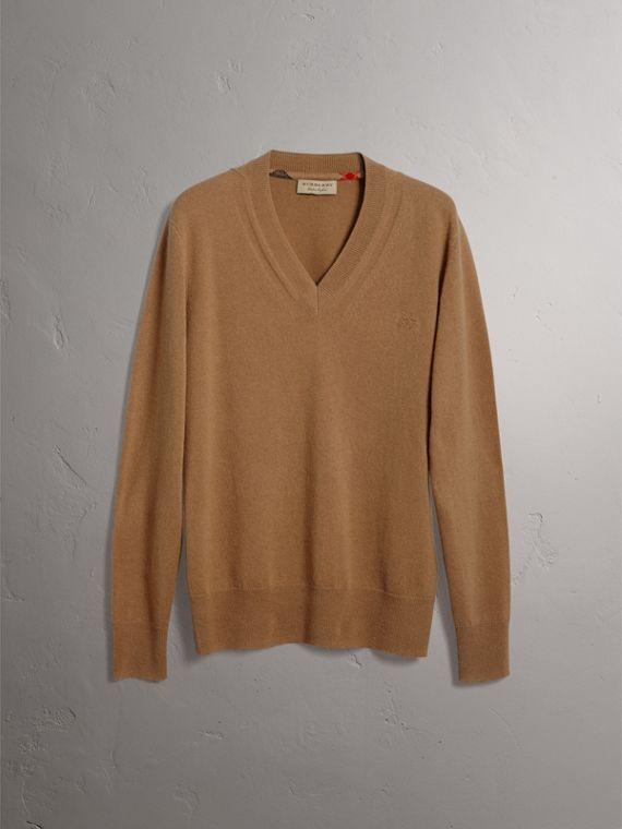 Cashmere V-neck Sweater in Camel