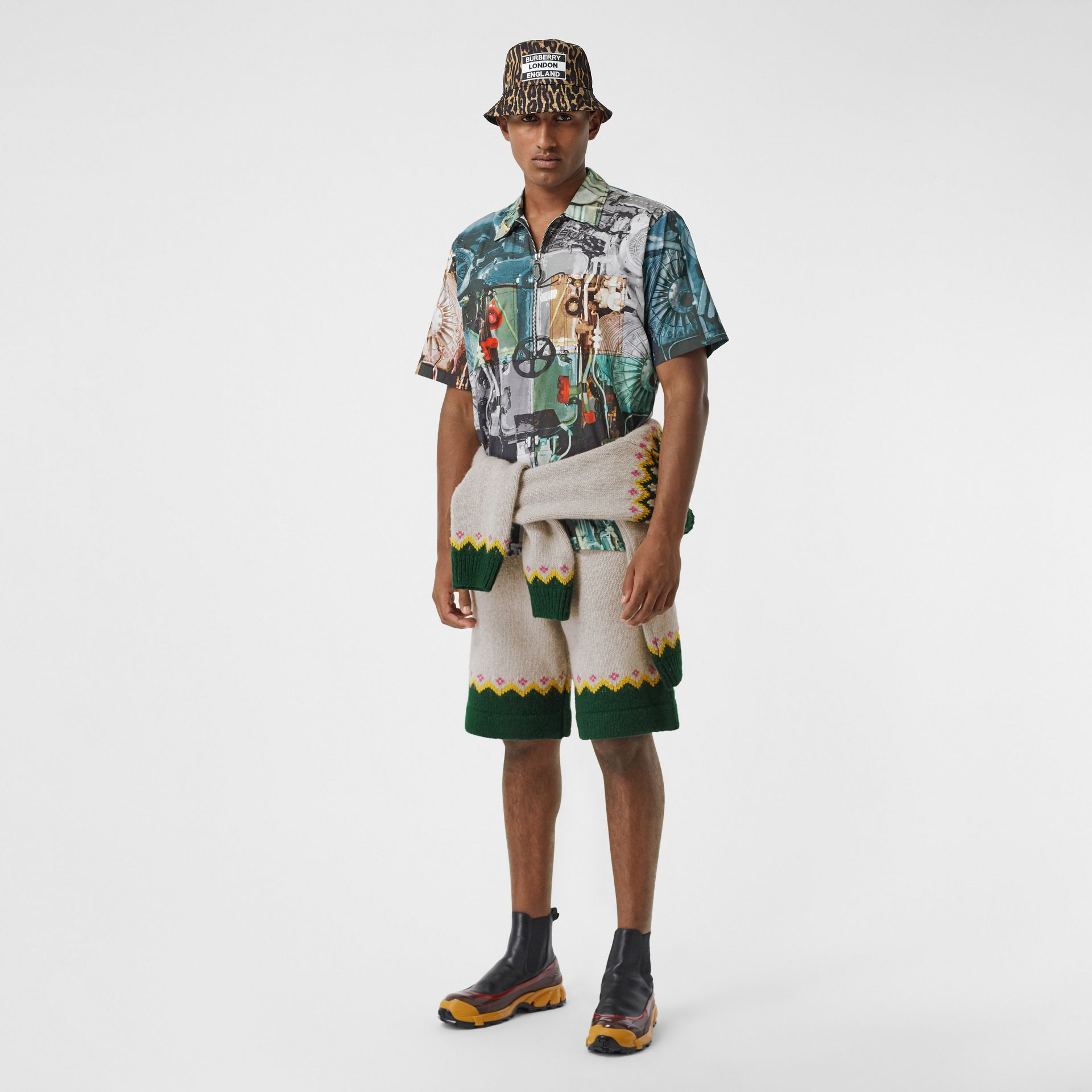 Short-sleeve Submarine Print Cotton Shirt in Multicolour - Men | Burberry United Kingdom - gallery image 0