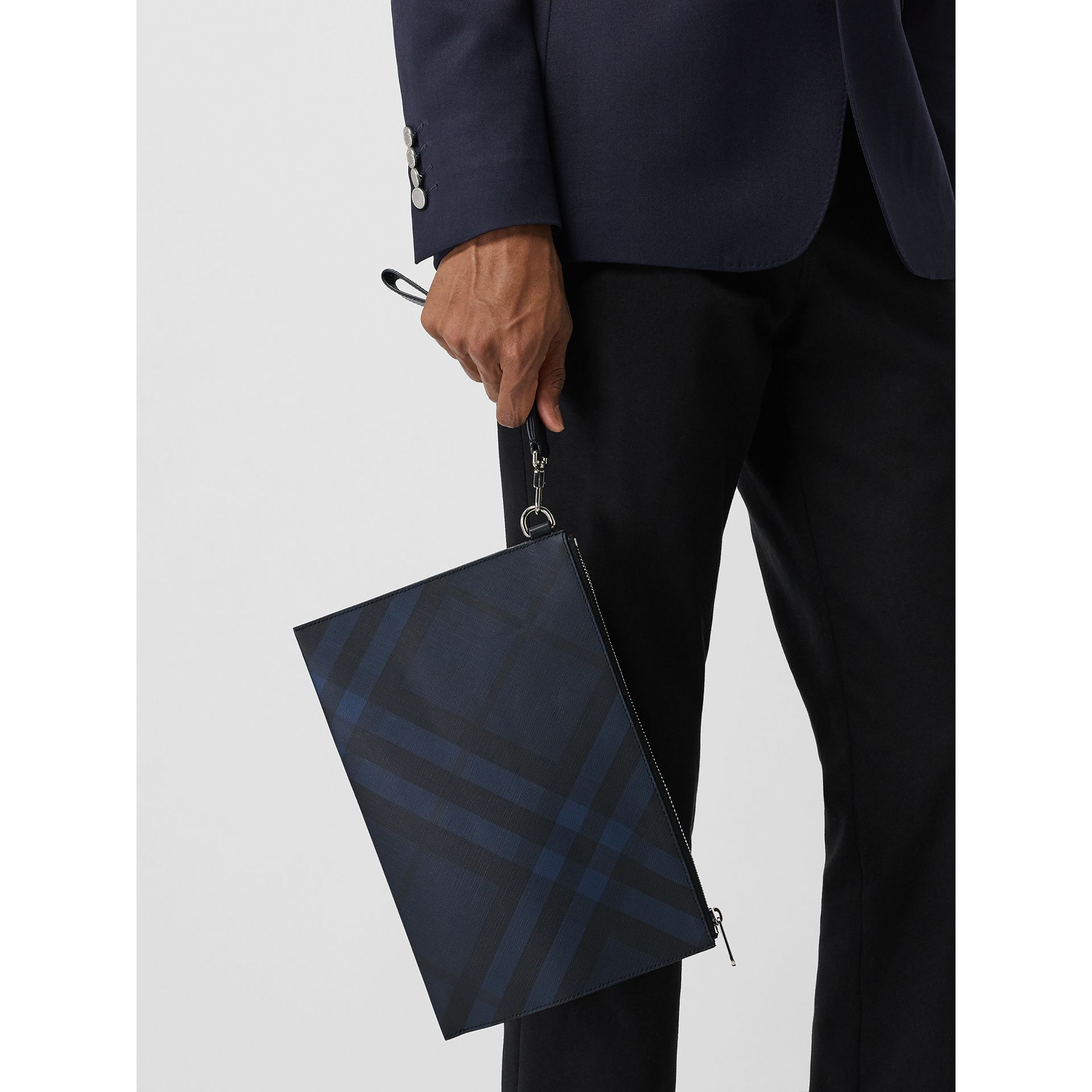 London Check Zip Pouch in Navy/black - Men | Burberry United Kingdom - gallery image 3