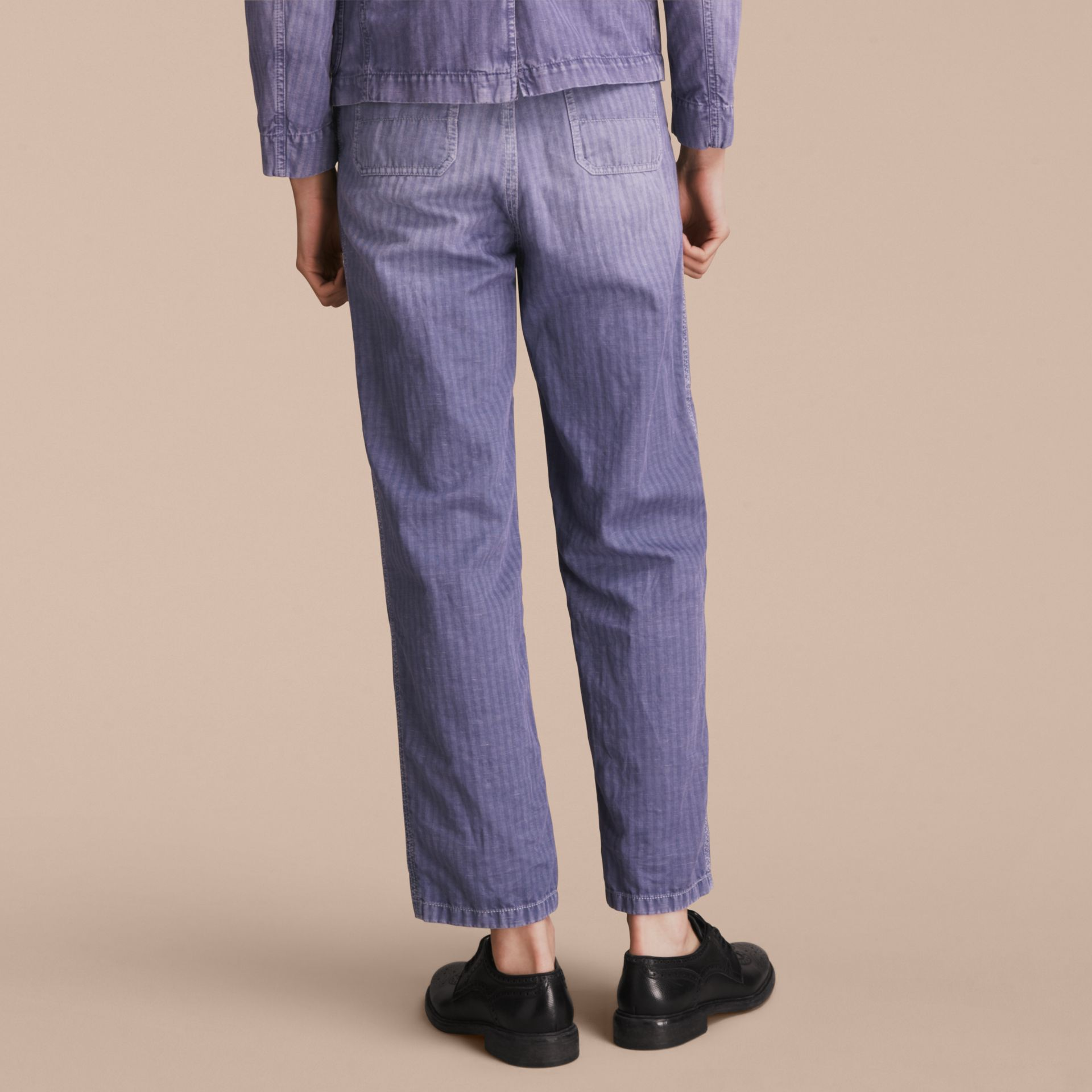 Herringbone Cotton Linen Cropped Workwear Trousers in Indigo - Men | Burberry United States - gallery image 2