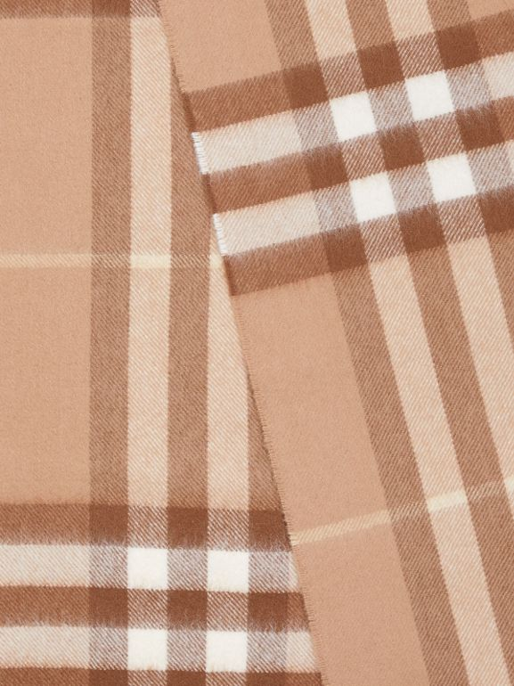 The Classic Check Cashmere Scarf in Camel | Burberry - cell image 1