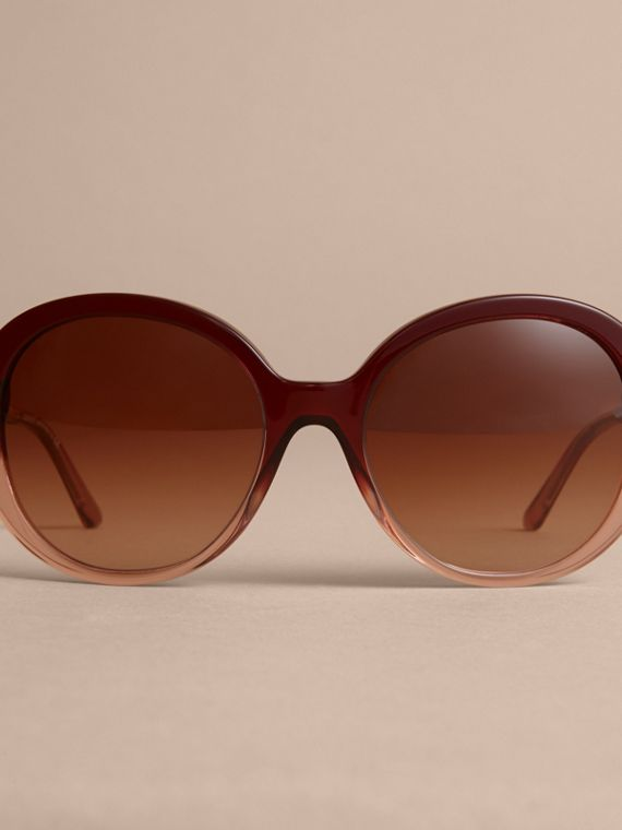 Check Detail Round Frame Sunglasses Oxblood - cell image 2