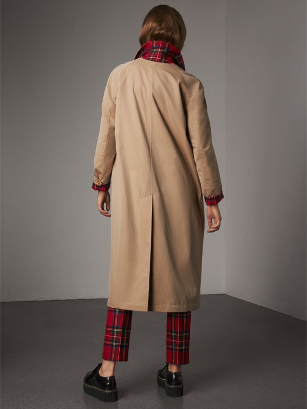 Reversible Gabardine and Tartan Wool Car Coat in Honey - Women | Burberry - cell image 2