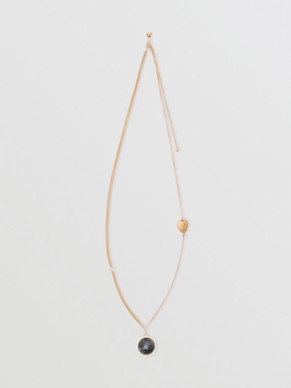 Colar de corrente com adorno em resina de mármore e coração (Dourado Claro)